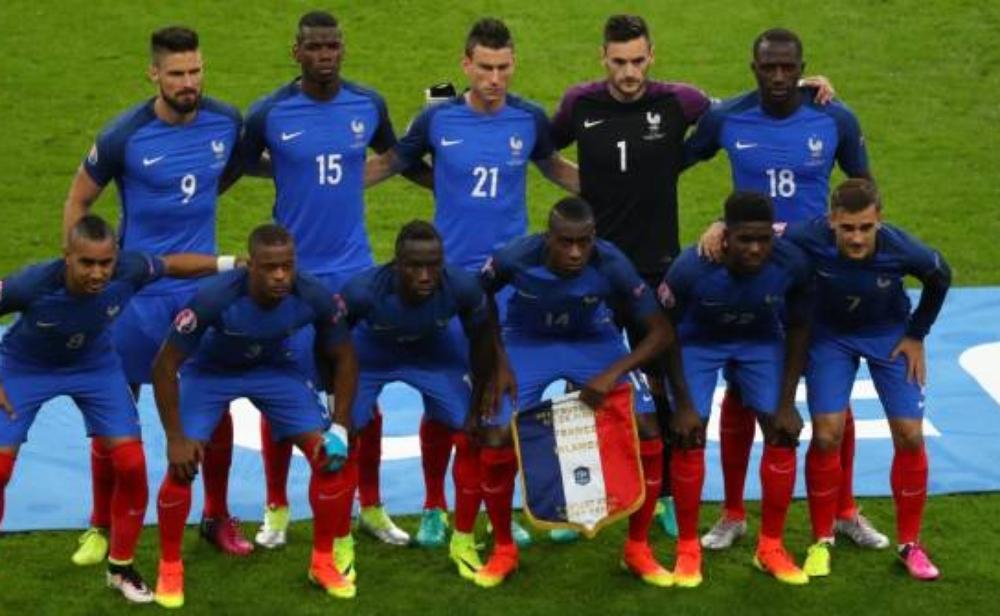 ليكيب تشكيلة فرنسا أمام البرتغال في النهائي