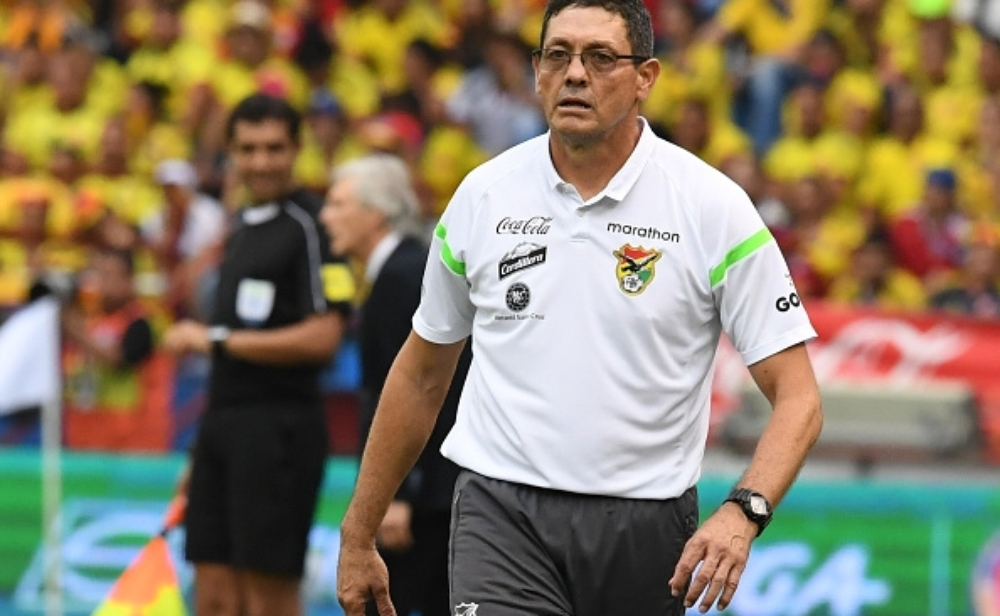 مدرب بوليفيا يرفع شعار التحدي أمام الأرجنتين