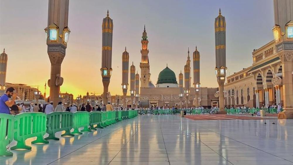 """""""المسجد النبوي"""" يعيد فتح أبوابه للمصلين بعد إغلاق دام أكثر من شهرين"""